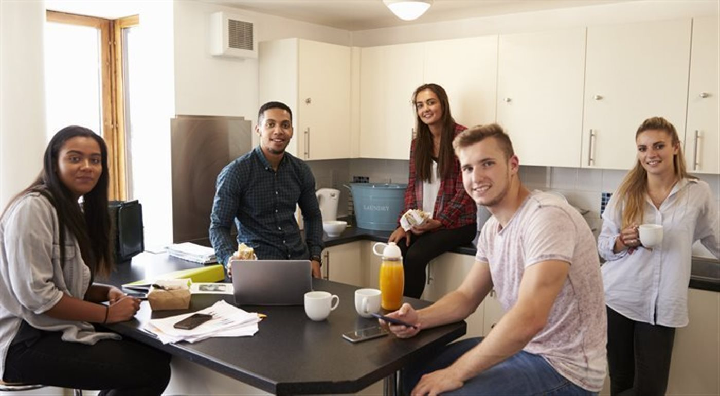 Get your Deposit Back When Moving Home from Uni
